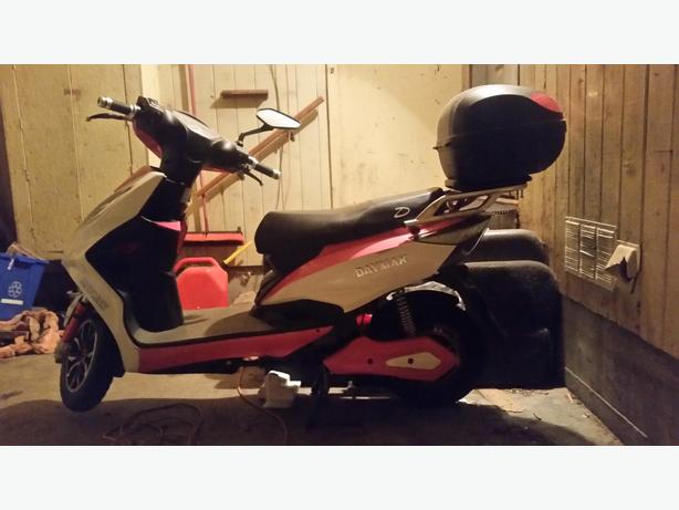 Daymak Barbie Pink New Electric Scooter