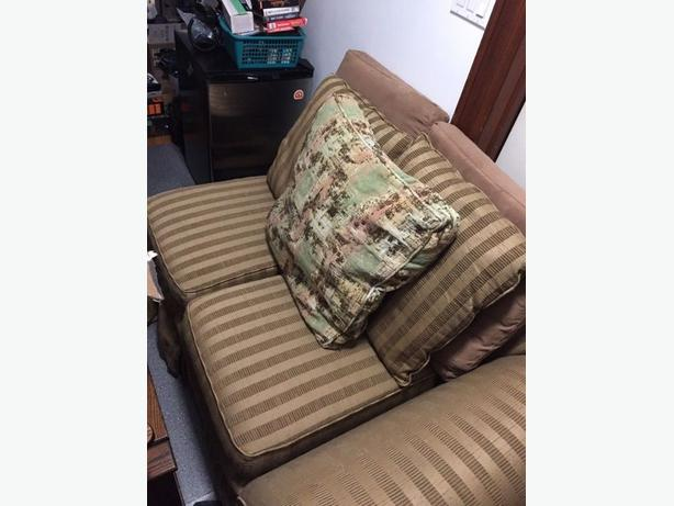 FREE: 2 seat Sofa couch Chaise longue