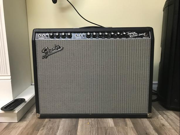 Fender twin reverb.