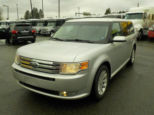 2010 Ford Flex SEL AWD 3rd row seating
