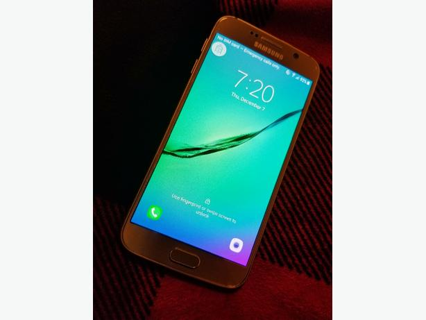 Samsung S6 Gold 64gb Unlocked- with accesories
