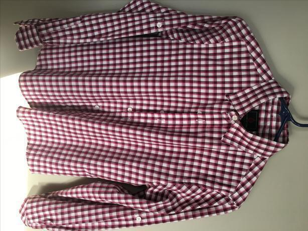 BOYS BURGUNDY SWISS CROSS DRESS SHIRTS - SIZE LARGE 14/16