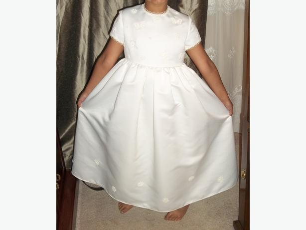 BEAUTIFUL DRESS OFFWHITE FOR FLOWER GIRL OR FIRST COMMUNION
