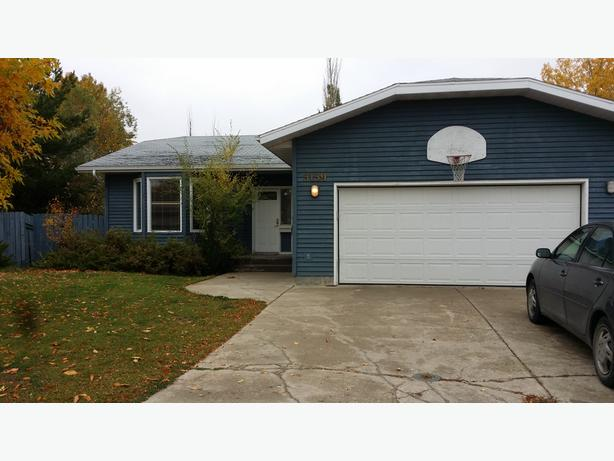 Beautiful and spacious house at east Regina