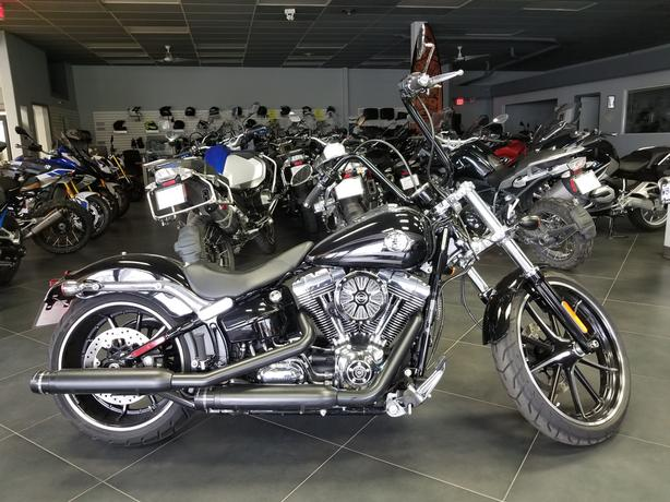 2016 HARLEY DAVIDSON BREAK-OUT