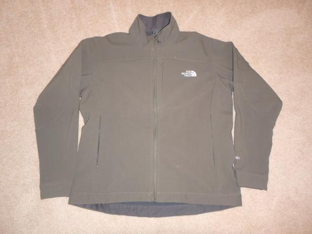 North Face Women's XL Jet Soft Shell Jacket