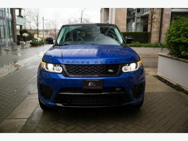 Get comfortable with our 2015 Range Rover Sport SVR