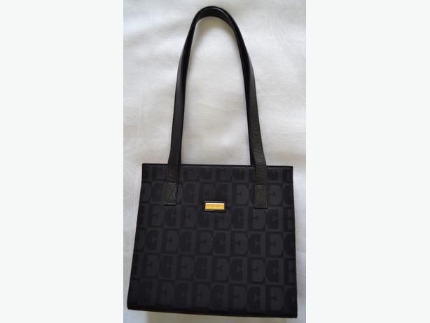 ESCADA LADIES AUTHENTIC PURSE / SHOULDER BAG