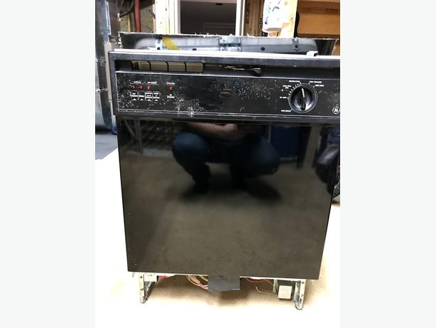 GE Dishwasher - Used, Works Great