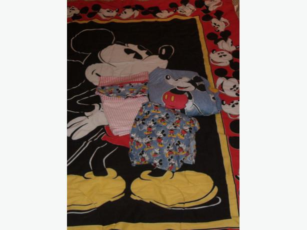 mickey mouse bedding sheets , skit ,pillow case , comforter