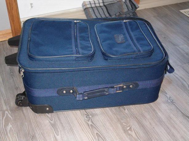 luggage bag blue traveler bag with wheels