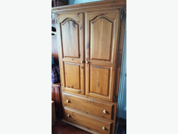 pine furniture  550.00 or best offer