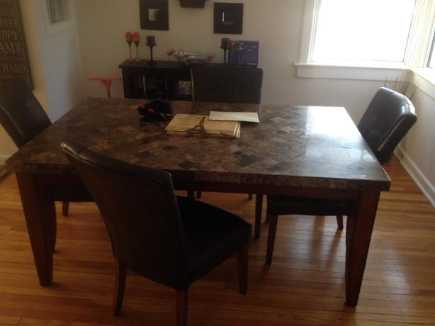 kitchen table amd chairs