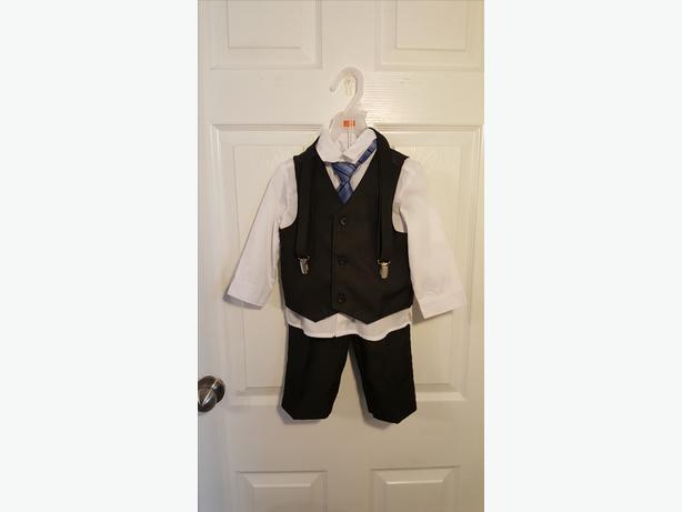 Suit size 18-24 months