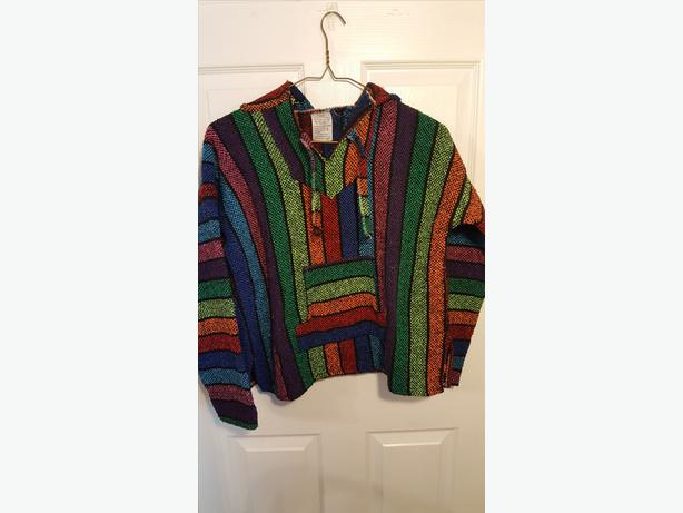 Mexican pull over sweater