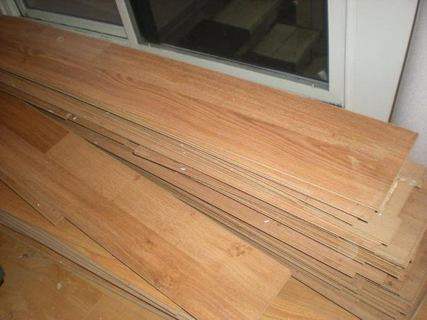SOLD: Flooring- Approx. 100-140 ft2
