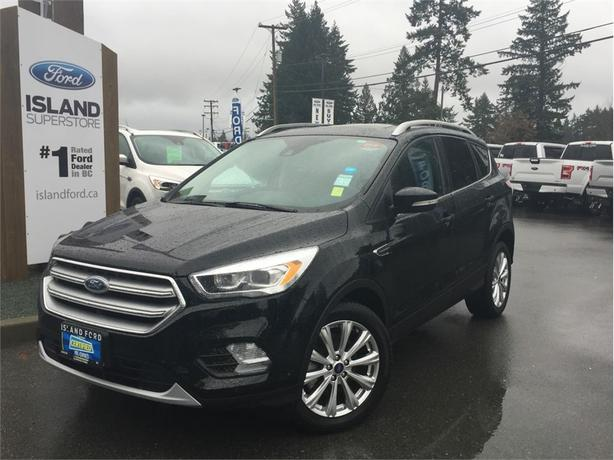 2017 Ford Escape Titanium, Leather, Heated  Seats, AWD
