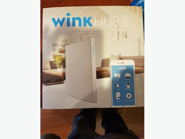 Wink hub 2 and accessories