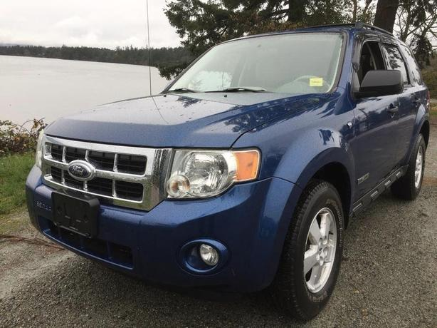 2008 FORD ESCAPE XLT *** AWD***LEATHER***