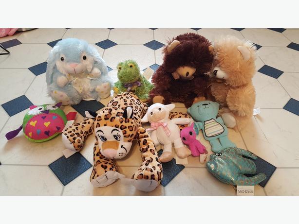 asst stuffed toys