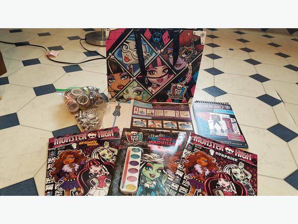 Monster High Lot