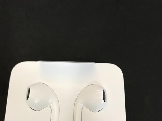 New headphones for iPhone 7/ 7 Plus/ 8/ 8 Plus