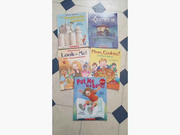 Robert Munsch Asst. books