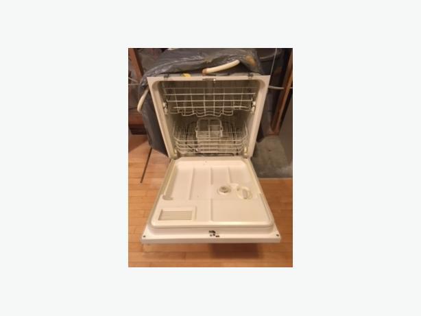 RENO SALE - GE Dishwasher