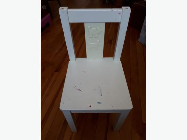PRICE SLASHED: Scottie-dog themed Child's Chair