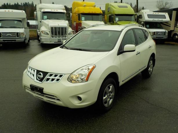 2013 Nissan Rogue AWD (All Wheel Drive)
