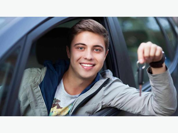 Professional Driving School Calgary | Universal Driving School