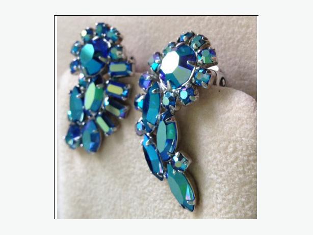 Vintage signed Sherman rhinestone clip earrings