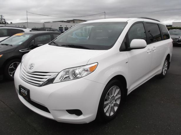 2016 TOYOTA SIENNA LE AWD FOR SALE