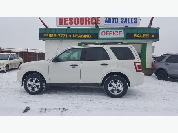 2010 Ford Escape XLT AWD with only 132065 km A must see and drive