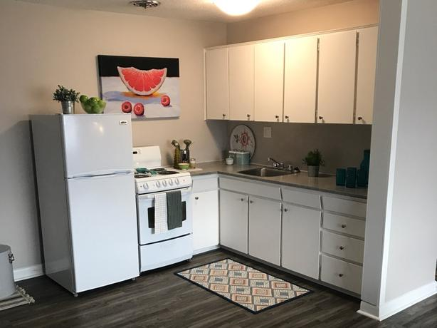 WEST END APARTMENTS STARTING AT $1349