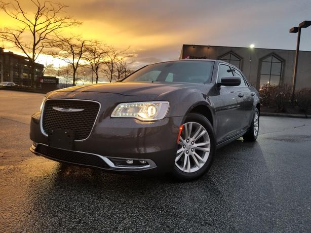 2016 Chrysler 300 Touring V6