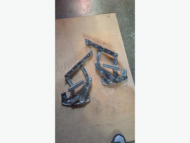 crome hood hinges