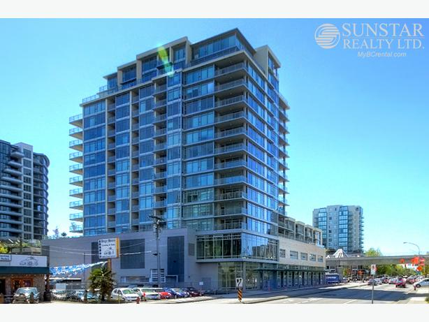 Brighouse 1 Bed Condo w/ Balcony 1/2 Block to Skytrain @ Camino