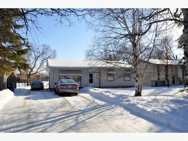 765 Haney Street -Professionally Marketed by Judy Lindsay Team