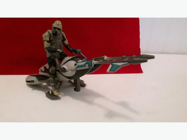 Star Wars biker scout and speeder bike