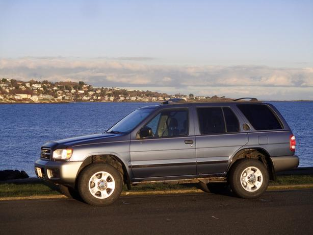 2000 Nissan Pathfinder, Automatic, Two Owners