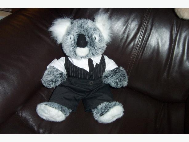 Koala Bear and his Birthcertificate