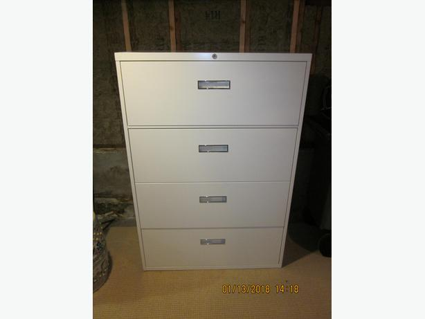 Steelcase 4 drawer filing cabinet