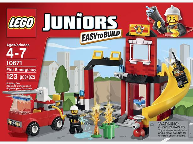 Lego Juniors Fire rescue set, as new condition. Complete with instructions