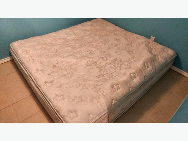 FREE: King size mattress in great shape