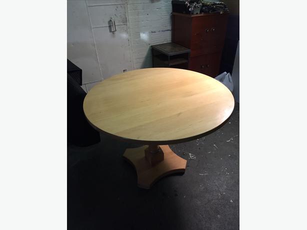Maple circular dining table