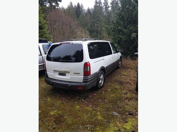 Montana White Van - Parts or Fixer uper
