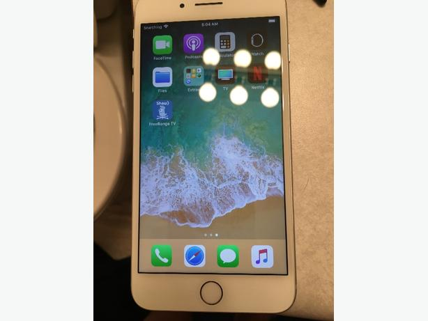 only good on wifi white 64GB IPHONE 8 plus