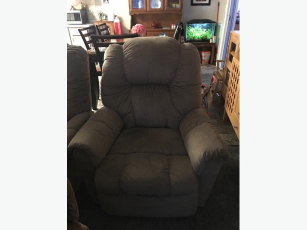 2 power recliners less than a year old