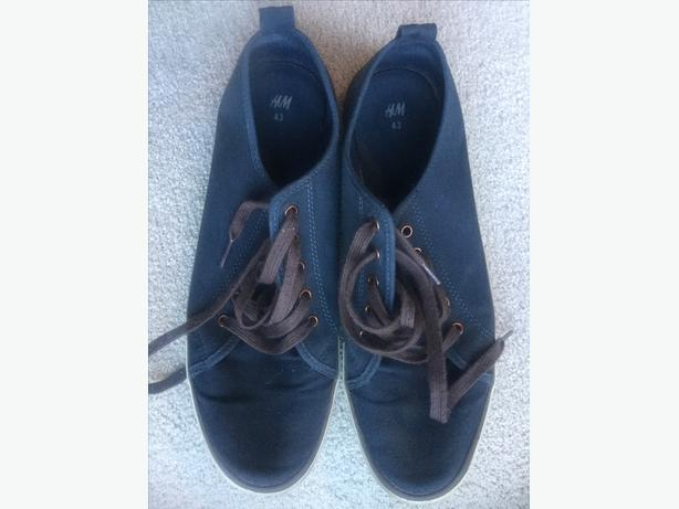 H & M Canvas Shoes (Men's 43)